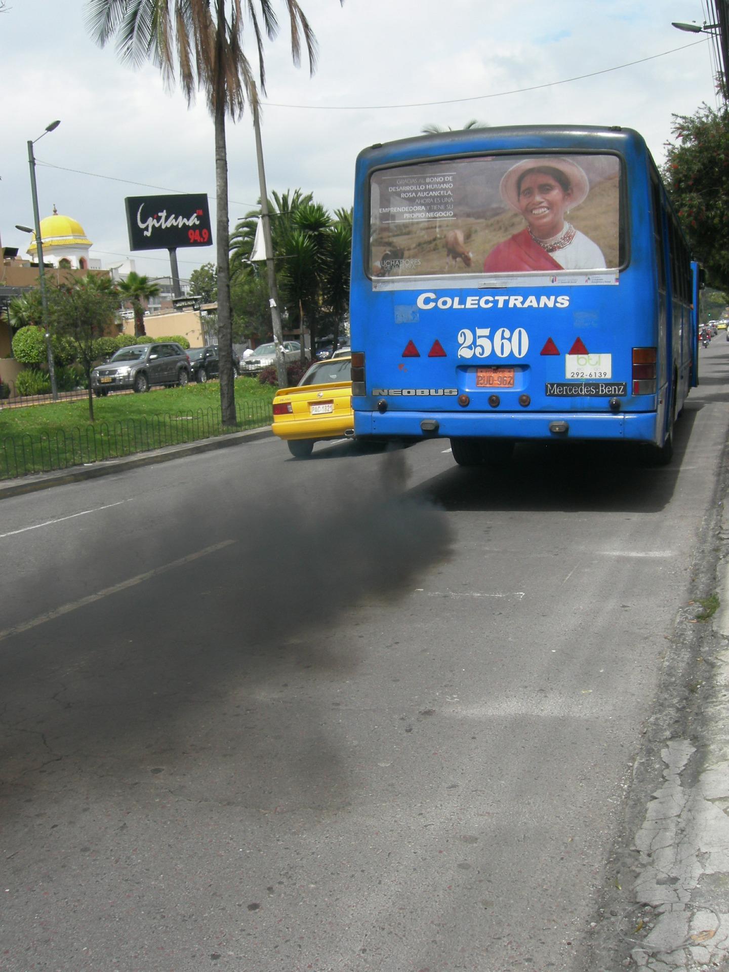 exhaust-fumes-372691_1920