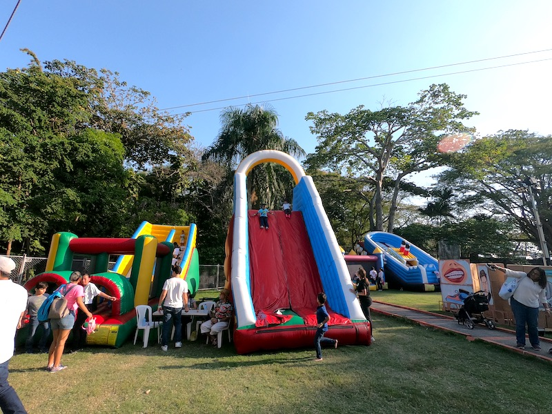 Playground at the Santo Domingo Pop festival