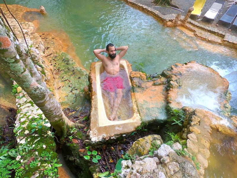 Bath tube at Paraíso Caño Hondo