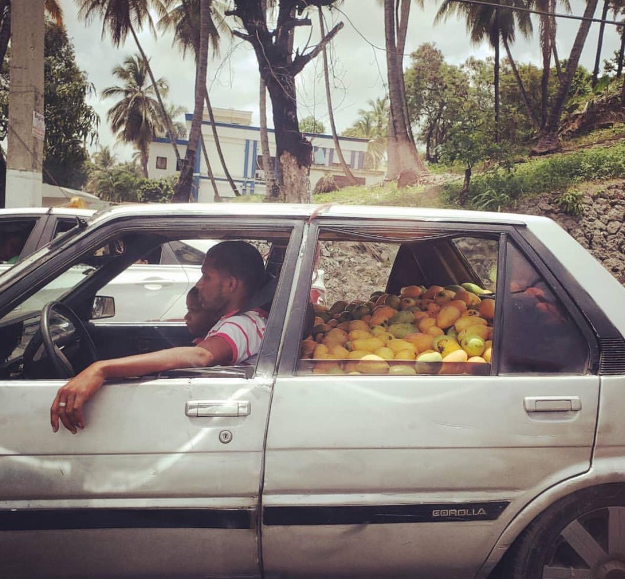 Mango vendor in the Dominican Republic