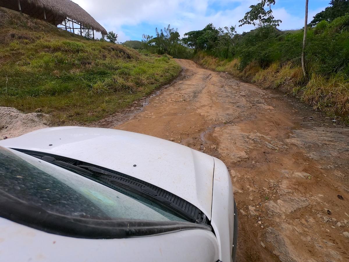 Street to Montaña Redonda